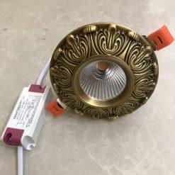 Đèn âm trần tân cổ điển